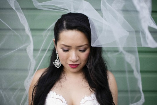 Hanny's Lace Wedding Gown