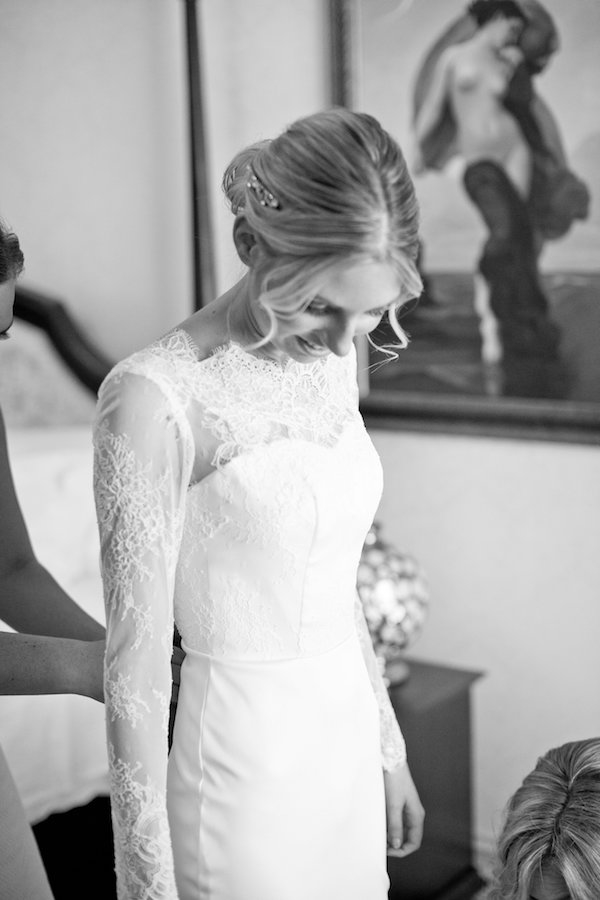 Kate's Long Sleeve Lace Wedding Dress