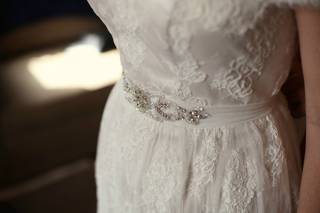 Vintage Lace Wedding Dress - Elvi Design