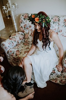 Elvi Design Relaxed Boho Wedding Dress Perth-205